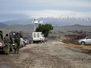 flickr_-_israel_defense_forces_-_apple_export_at_quneitra_crossing_3
